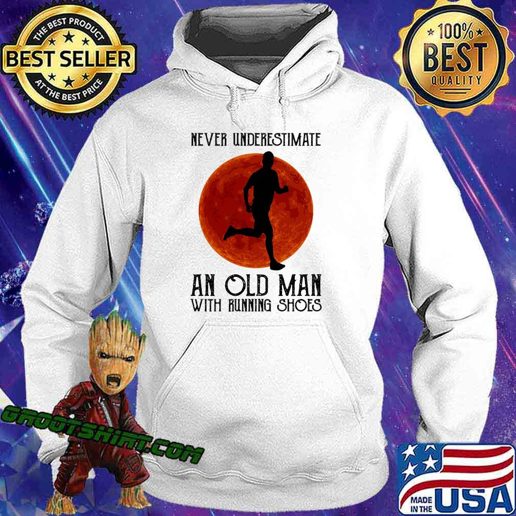 Never underestimate an old man with running shoes sunset s Hoodie